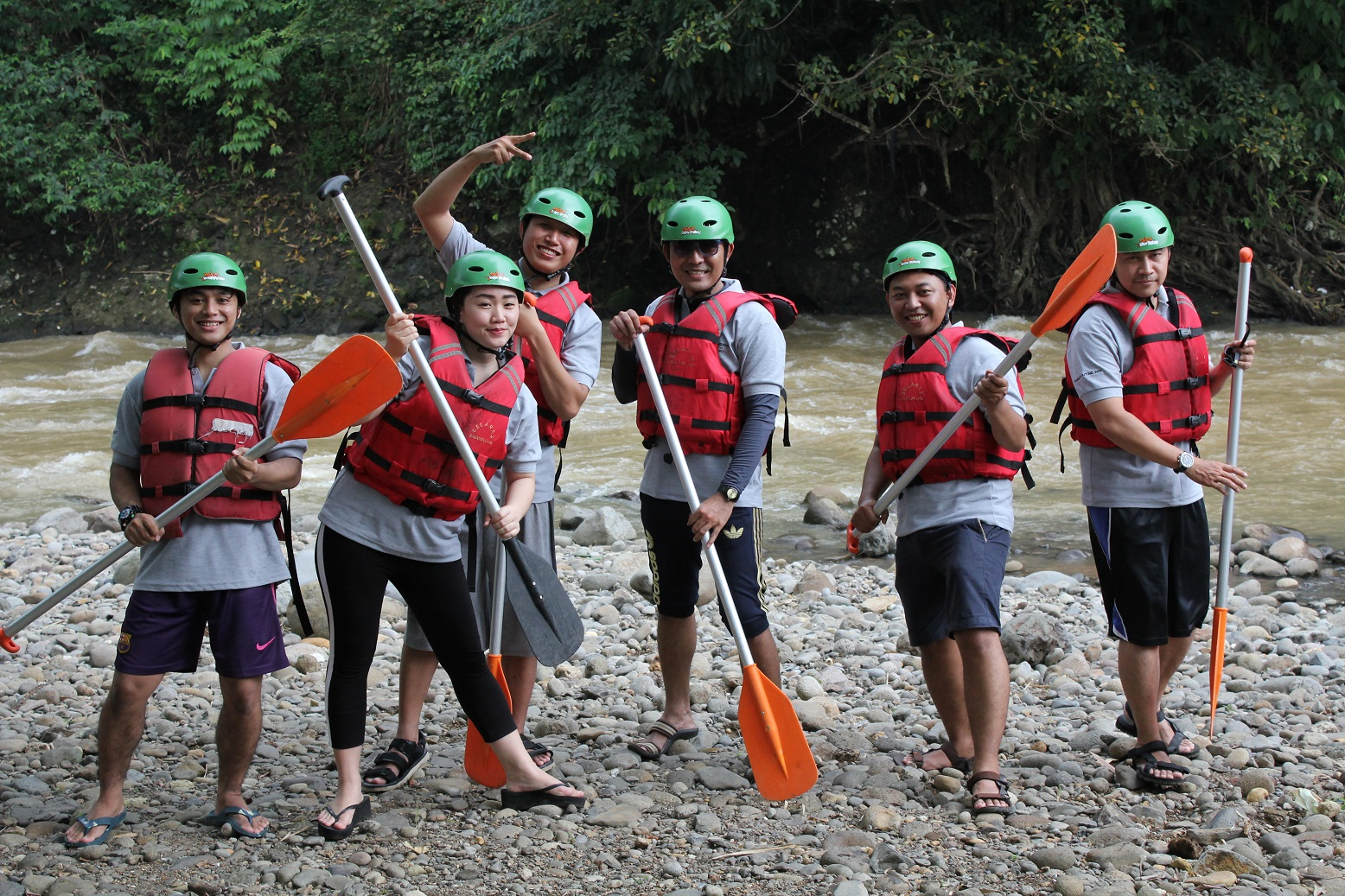 strat point rafting citarik.jpg